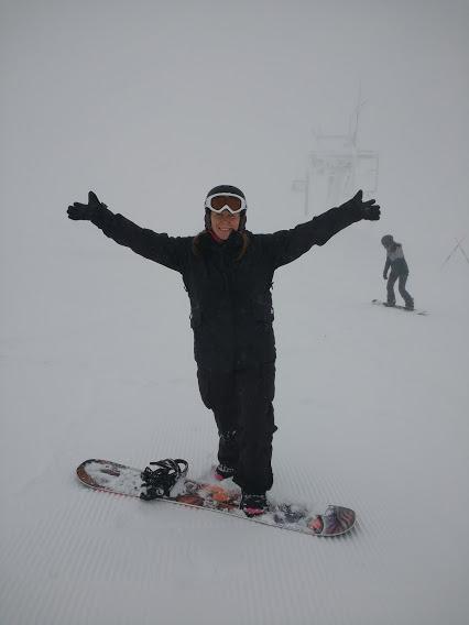 Caroline Snowboarding