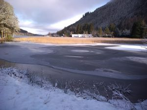 Ice features on Loch Oich